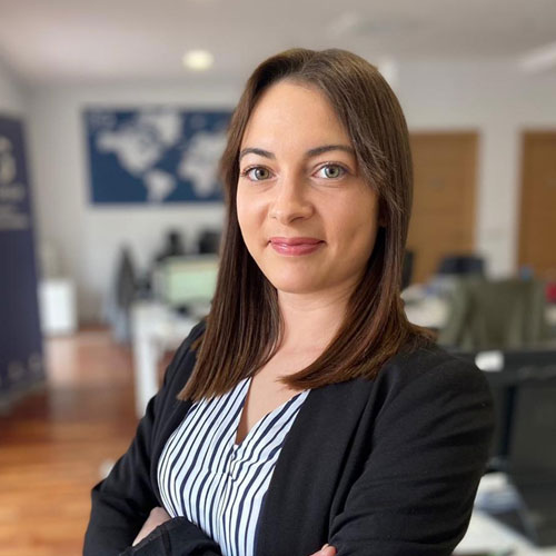 Davinia Cervera - Consultora Área IT
